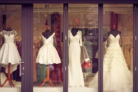 przykład wystawy akcesoriów ślubnych